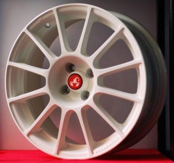 Cerchi in lega Fiat 500 Abarth Brembo Bianchi da 17 pollici