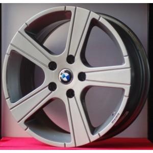 Cerchi in lega BMW serie 1 da 17 pollici Momo Win Silver