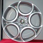 Cerchi Giulietta 18 Originali Alfa Romeo a 5 Fori Silver (Singolo)