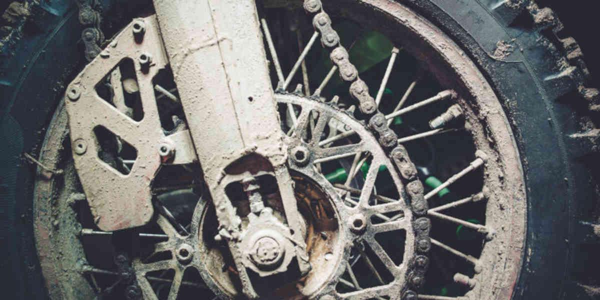 Quando cambiare le gomme della tua moto