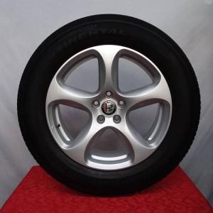 Cerchi Stelvio 18 Originali Alfa Romeo Silver e Pneumatici Michelin Latitude Sport3