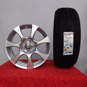 Cerchi Giulietta 16 Originali Alfa Rome Silver e Pneumatici invernali Bridgestone Blizzak Lm005 91H 205 55