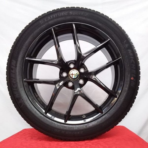 Cerchi Stelvio 20 Originali Alfa Romeo Trofeo Nero Lucido e Pneumatici Michelin Latitude Sport 3 255 45