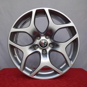 Cerchi Stelvio 18 Originali Alfa Romeo Design Silver