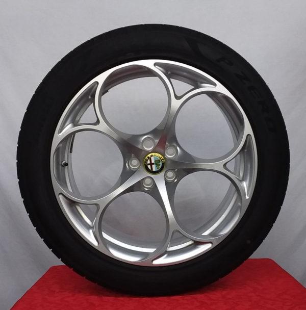 Cerchi Stelvio Doppia Misura 20 Originali Alfa Romeo e Pneumatici Pirelli Pzero 255 45 285 40