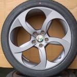 Cerchi Giulia Doppia Misura 18 Originali Alfa Romeo a 5 Fori Bruniti e Pneumatici Goodyear Eagle F1 Asymetric Runflat