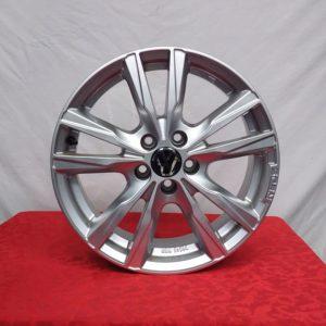 Cerchi Audi A1 16 Momo Reds K2