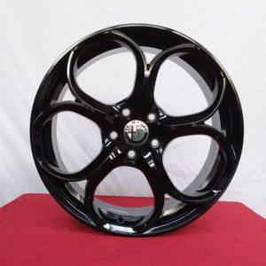 Cerchi Giulietta 18 Alfa Romeo PSW Dubai Gloss Black