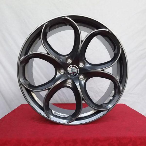 Cerchi Alfa Romeo Giulia Doppia Misura 8-9 da 19 Psw Dubai Antracite