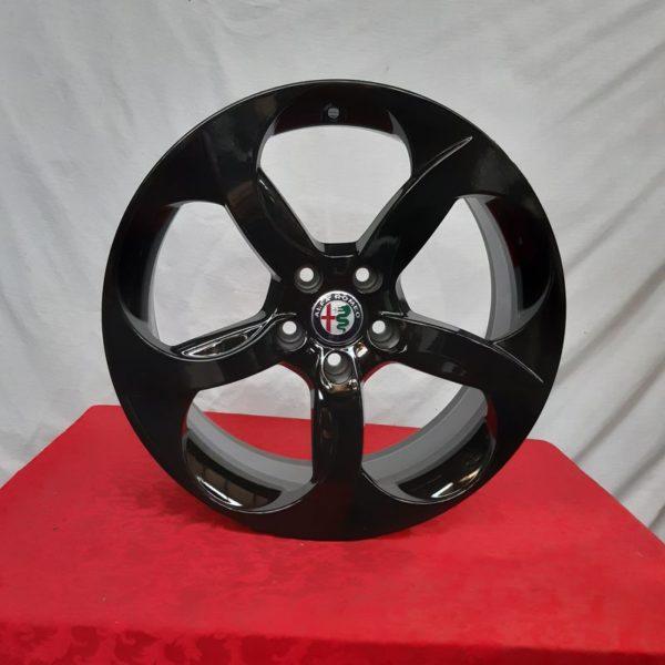 Cerchi Giulia 18 Orignali Alfa Romeo a 5 Fori Nero Lucido Personalizzato
