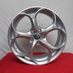 Cerchi Giulia 18 Alfa Romeo PSW Dubai Silver